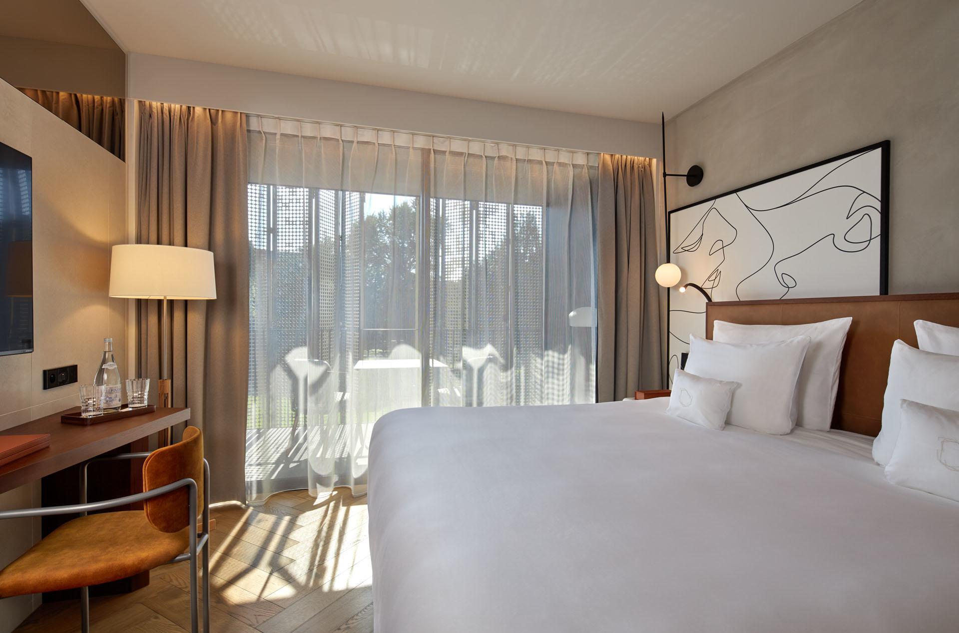 L'Esquisse Hotel & Spa Signature Room