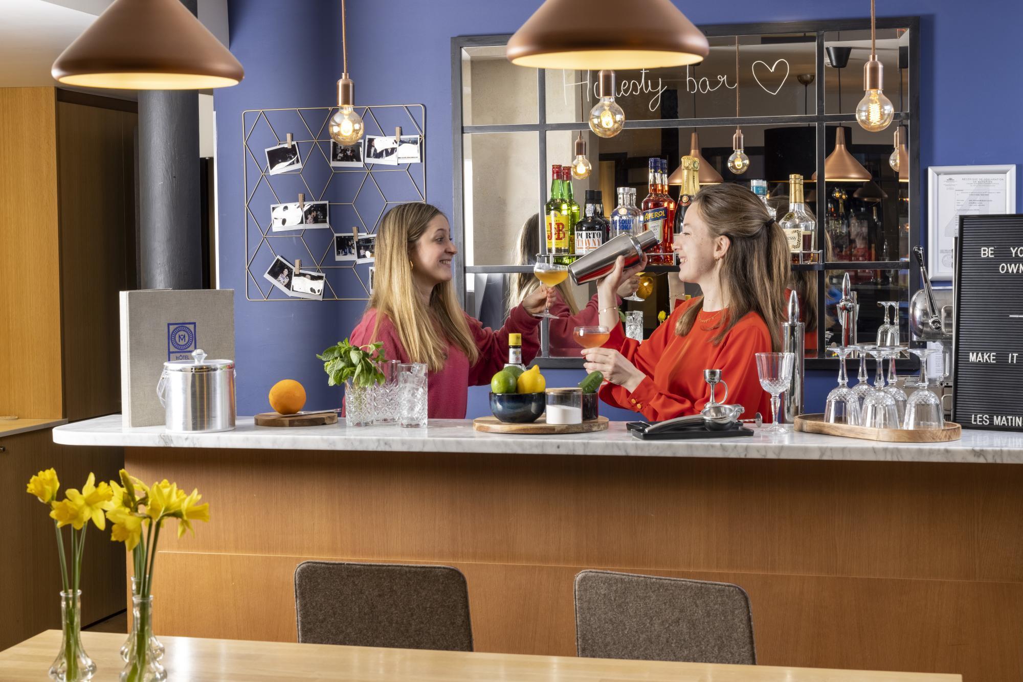 Hotel Les Matins de Paris Honesty Bar