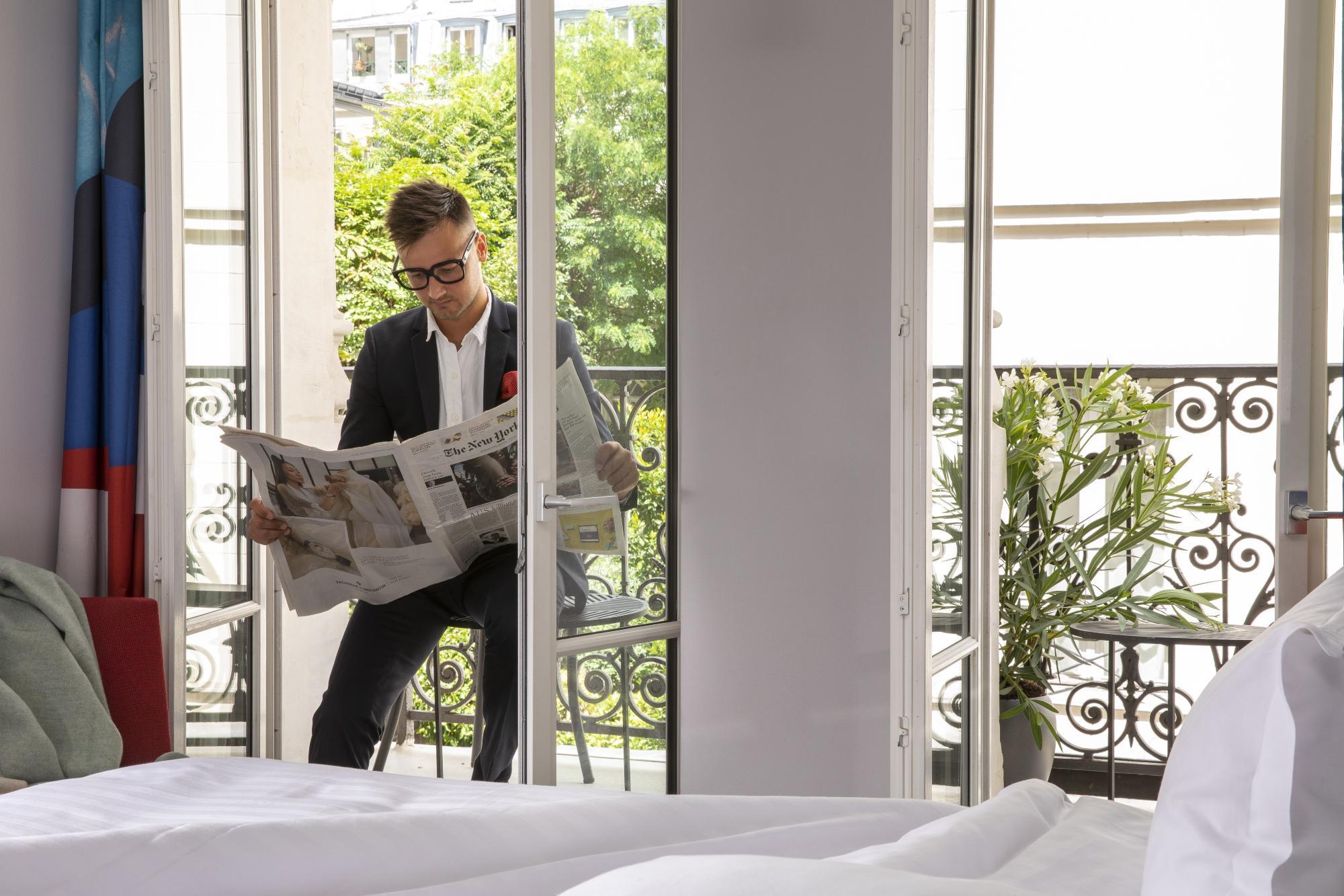 Hôtel les Matins de Paris Chambres Communicantes Balcons