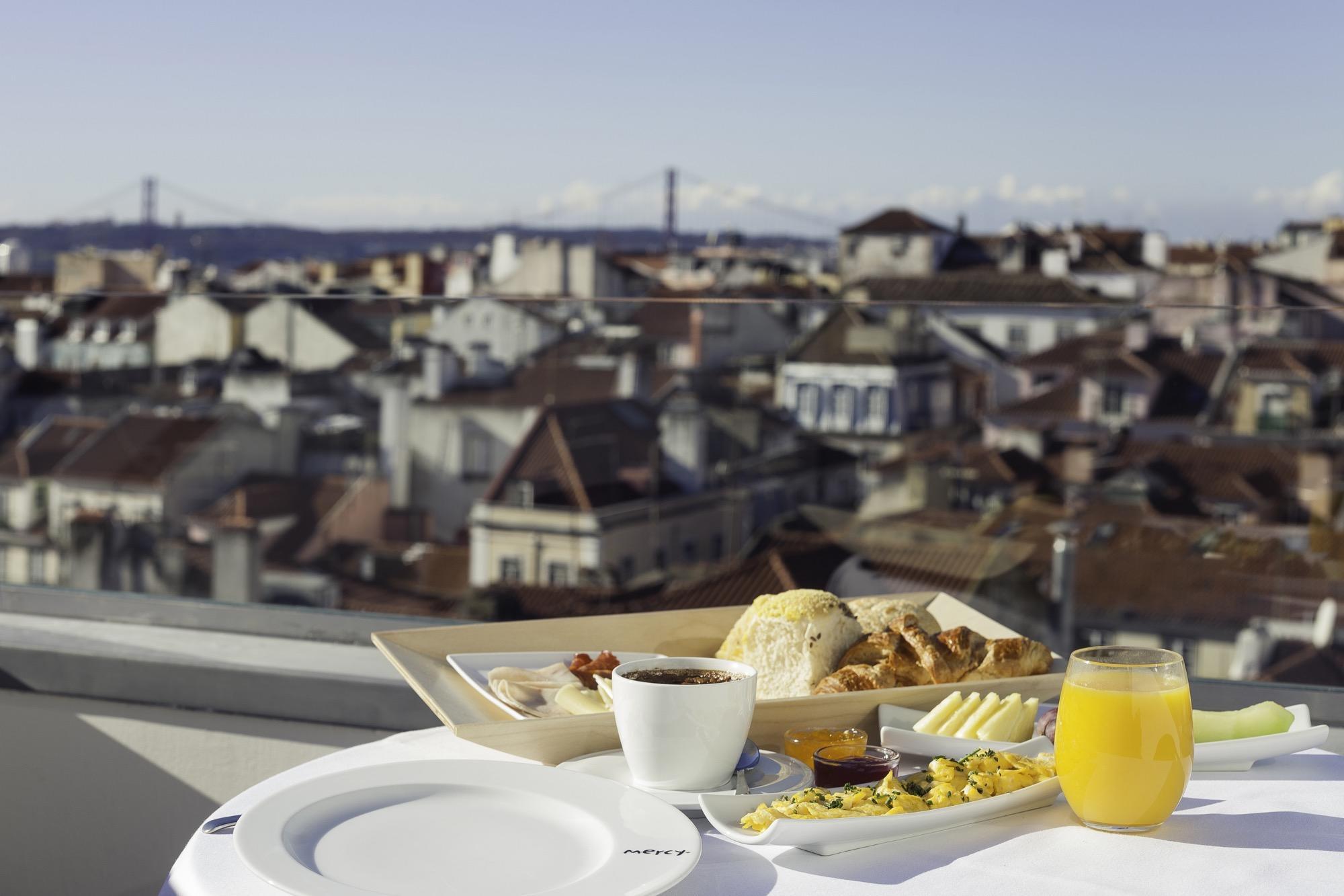 Rooftop Bar de l'hôtel 9 Hotel Mercy Lisbonne