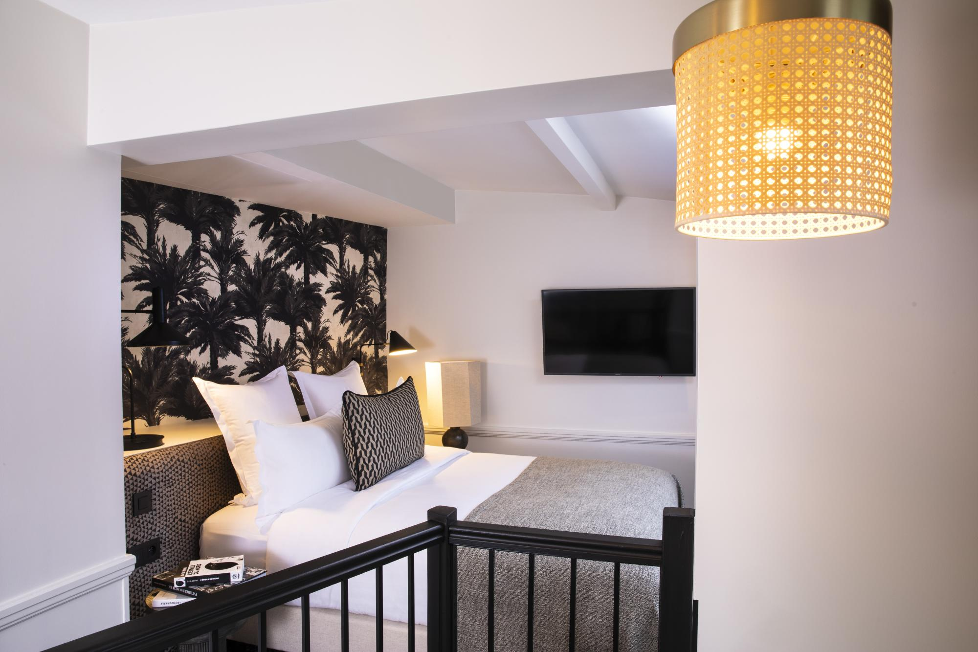 hotel suite with terrace - paris Opera