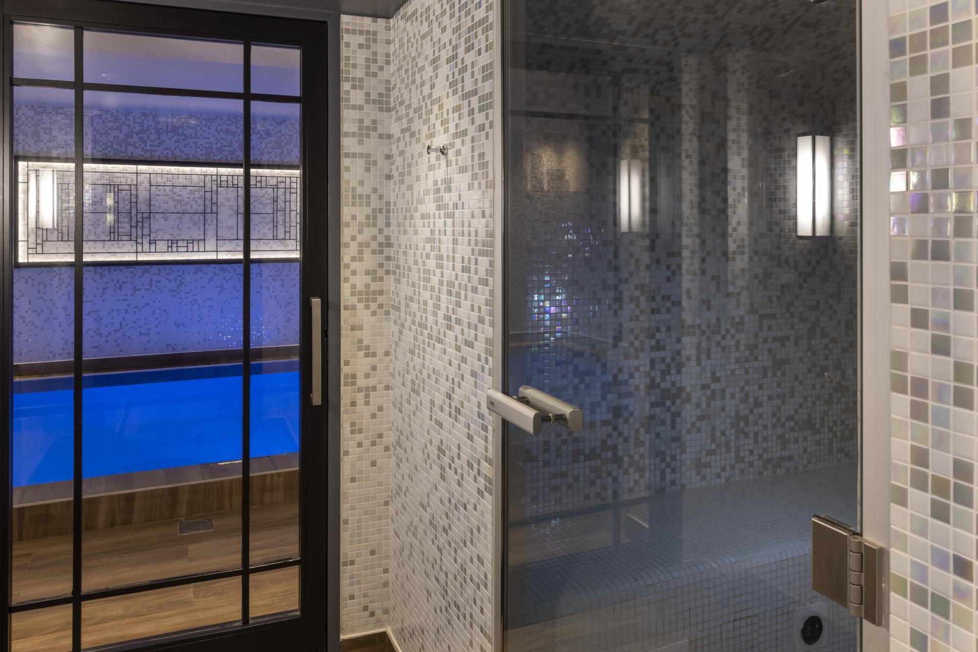 Hotel Les Matins de Paris Spa Pool Hammam
