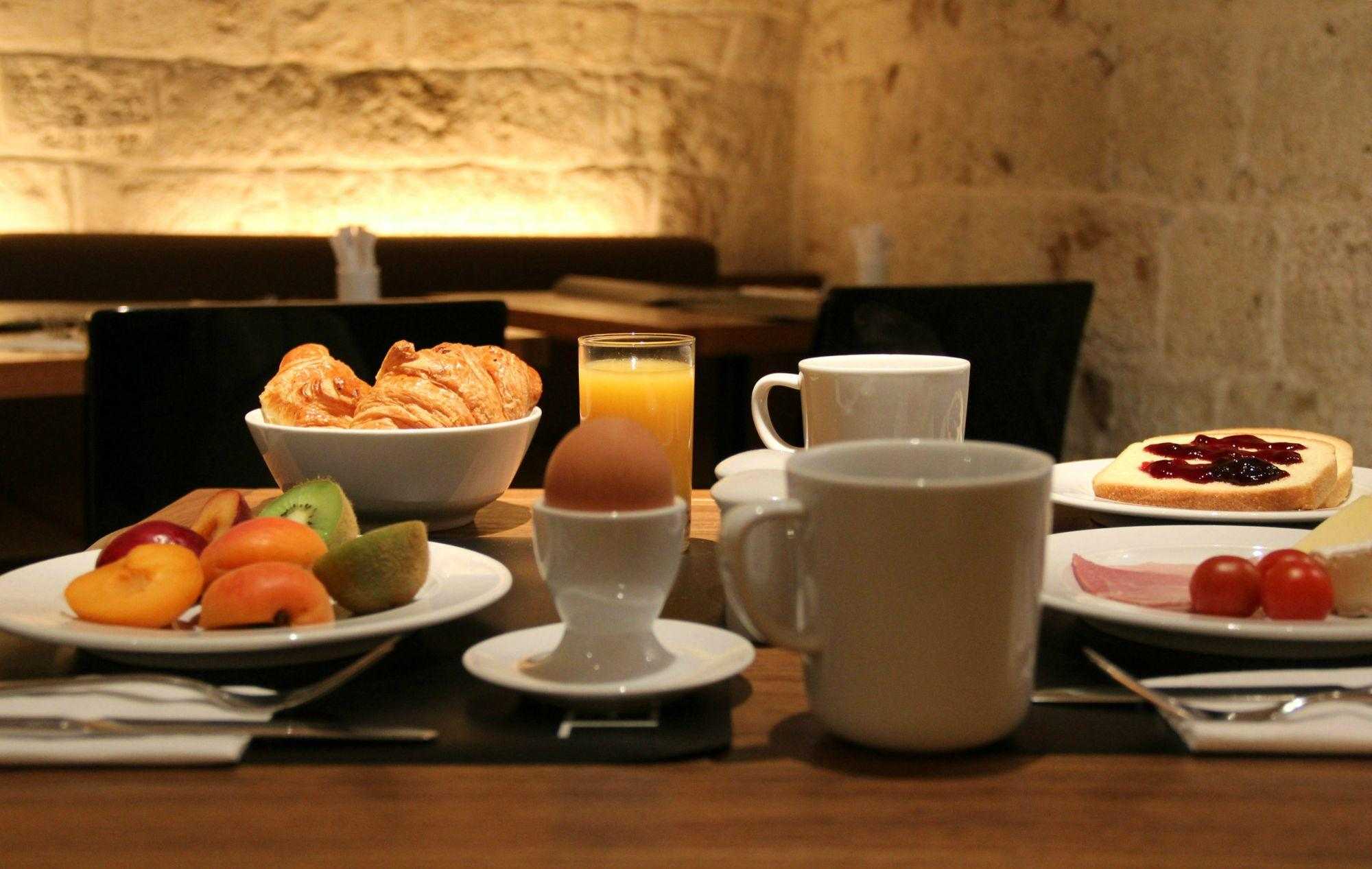 9 hotel opera paris petit dejeuner buffet gourmand
