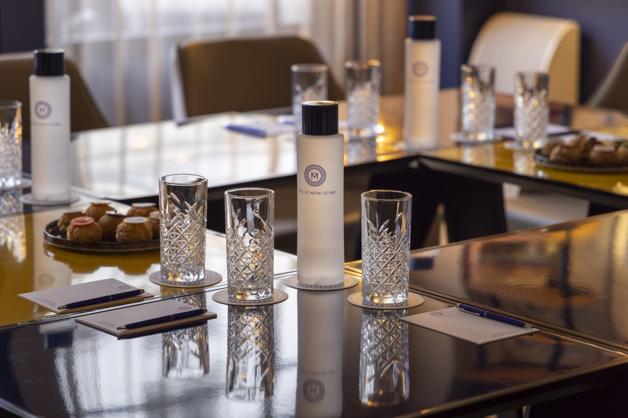 Hotel Les Matins de Paris Meeting room
