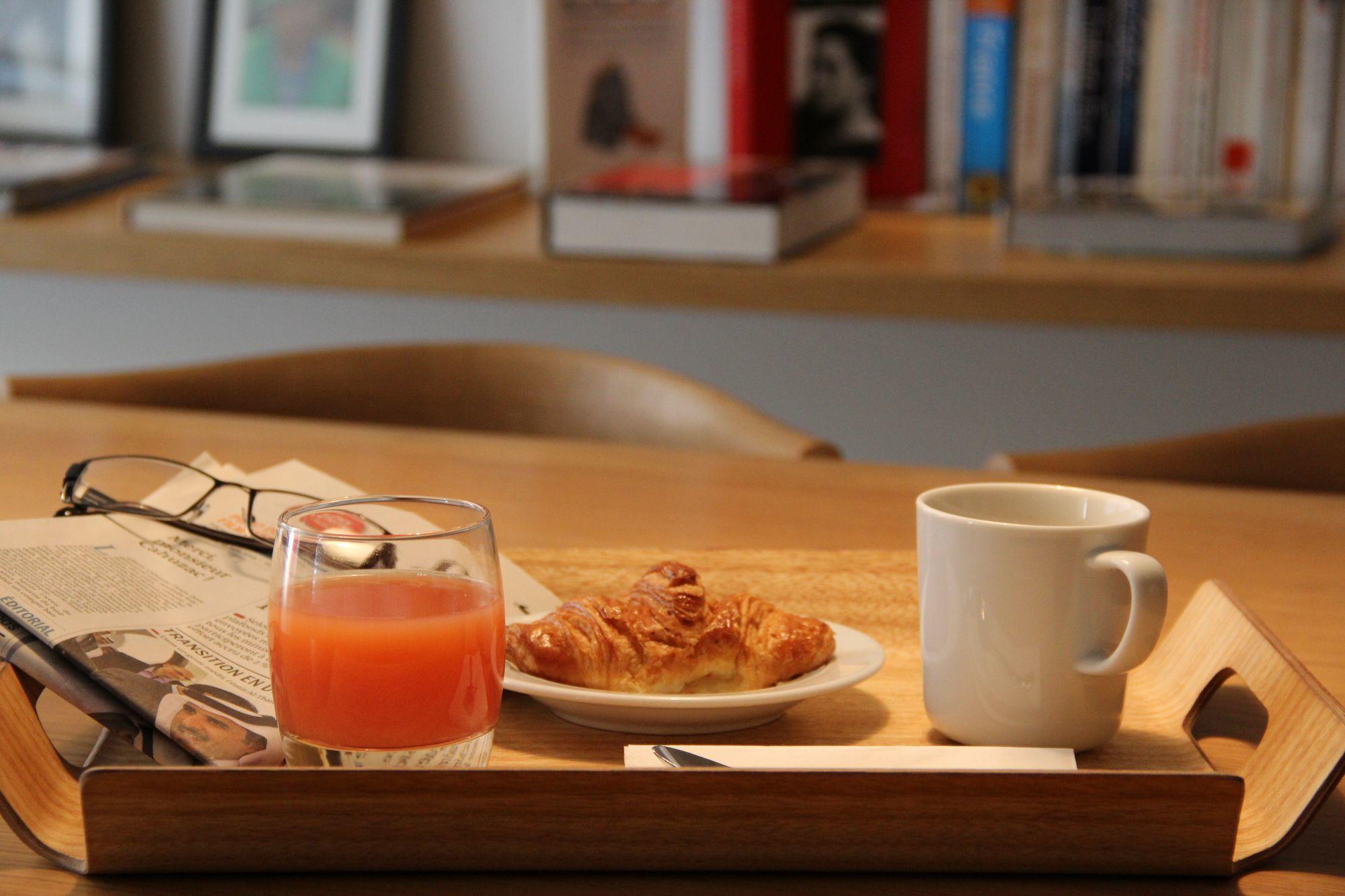 9 hotel opera paris petit dejeuner express 1
