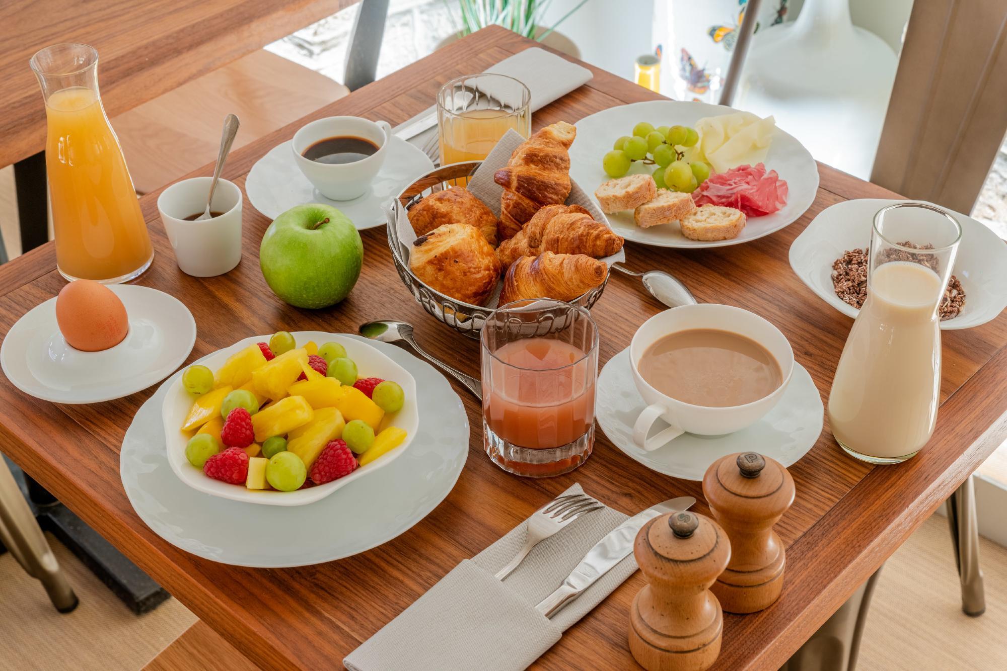 9 hotel opera paris petit dejeuner