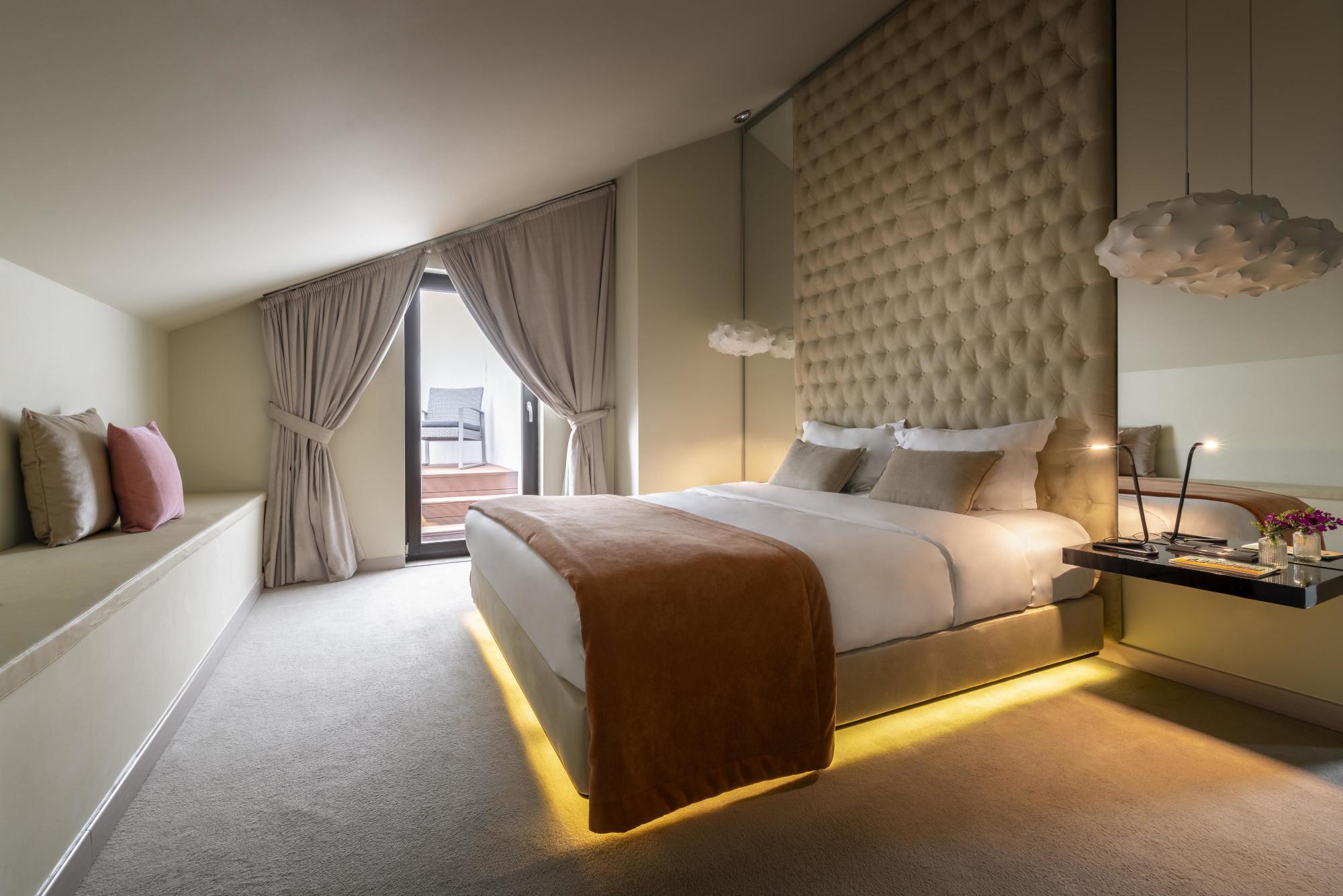 Luxury suites  Lisbon 9 Hotel Mercy