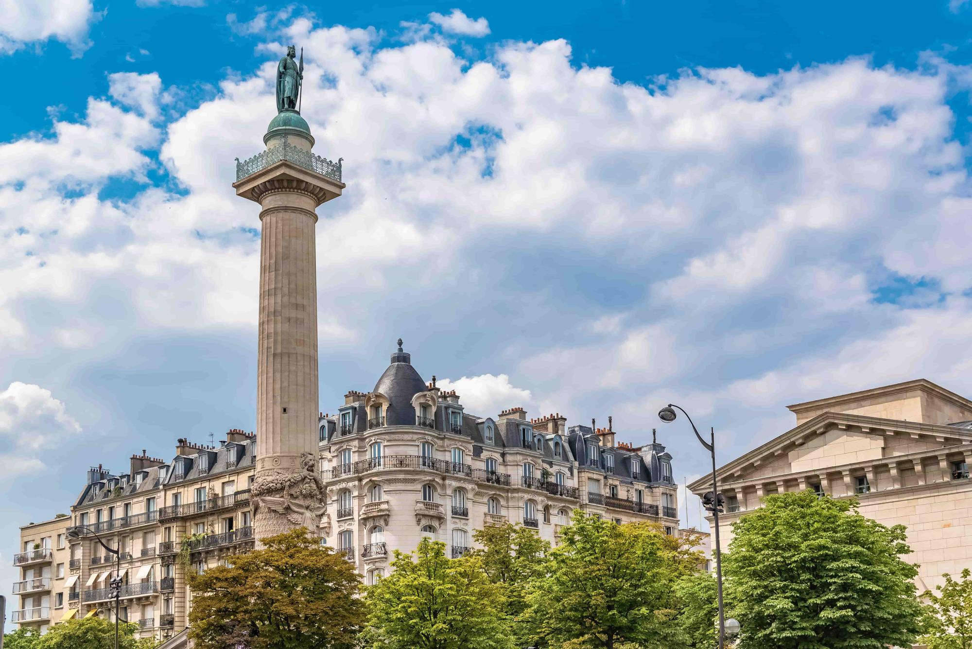 Place de la Nation - 9 hotel Bastille-Lyon Paris 12