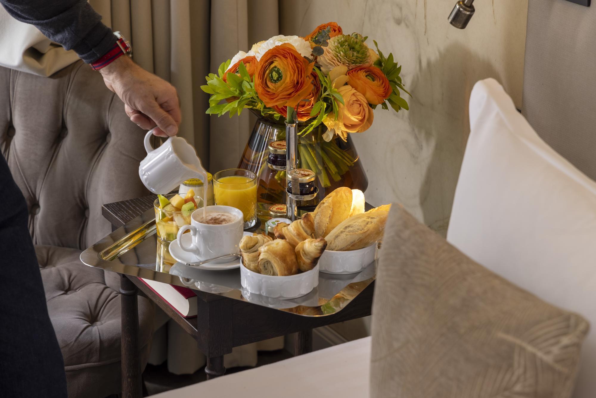 Hotel Da Vinci Services Room service Breakfast